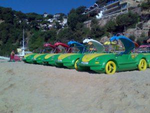 Pedalos alquiler en la costa brava