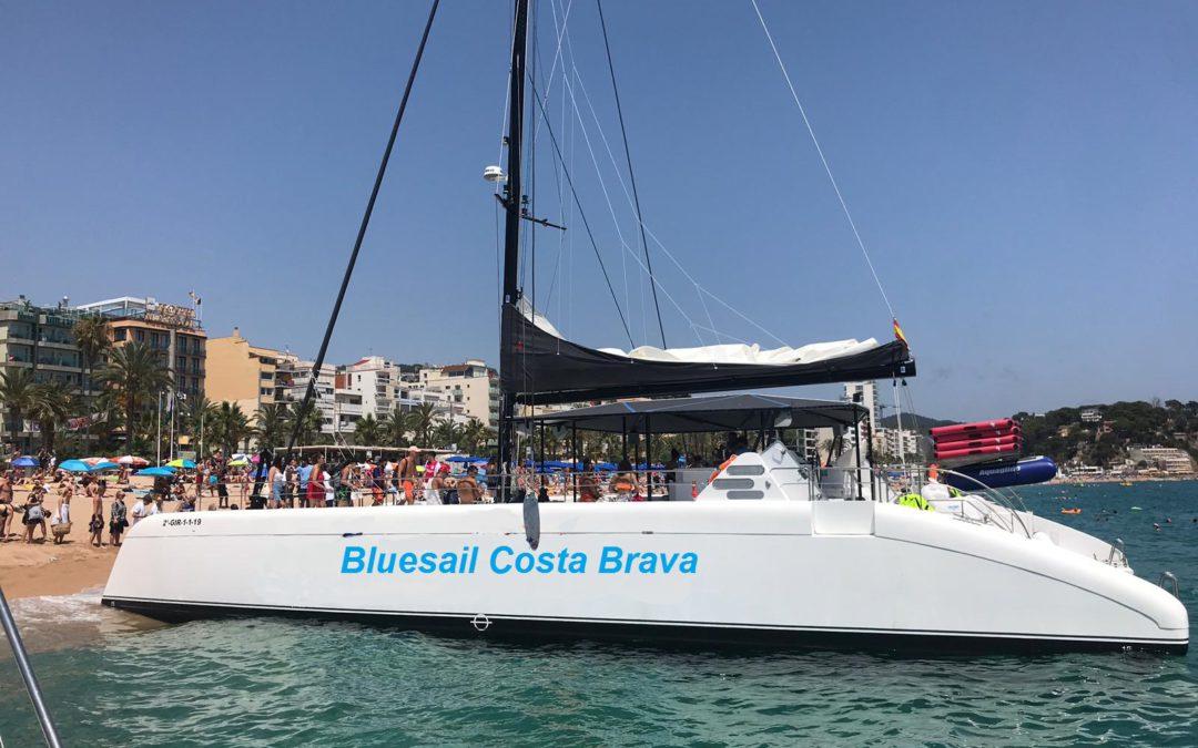 Nuevo Catamaran Sensation 4 en la Costa Brava