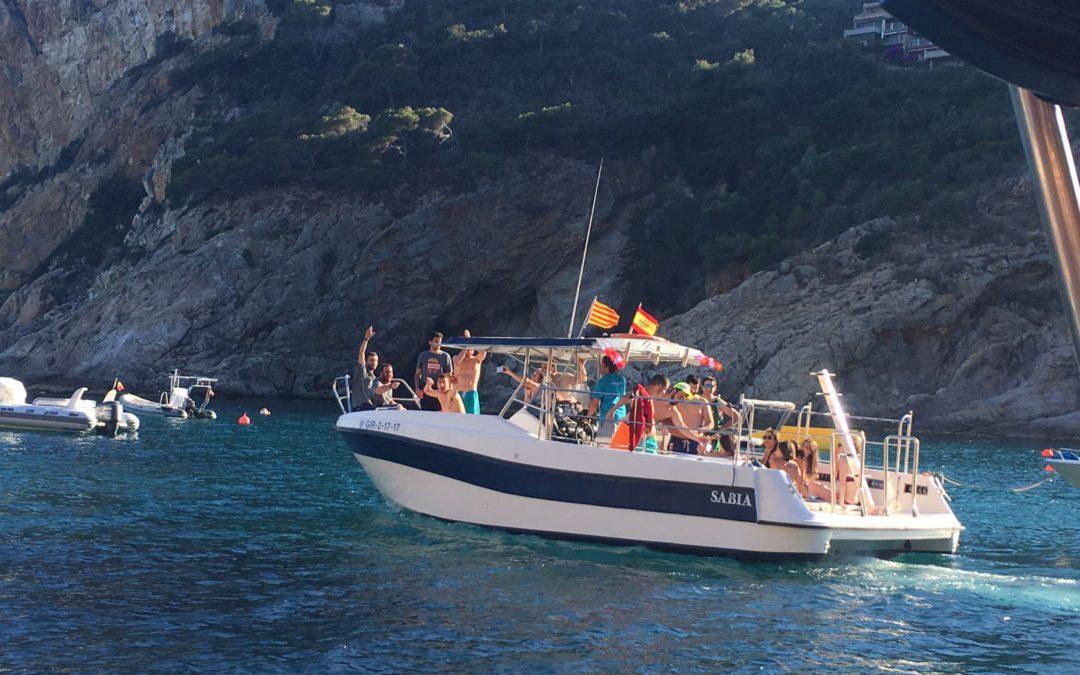 Despedida de soltera en barco Barcelona